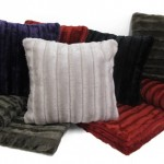 CUSHIONS    FAUX FUR SQUARE CUSHION